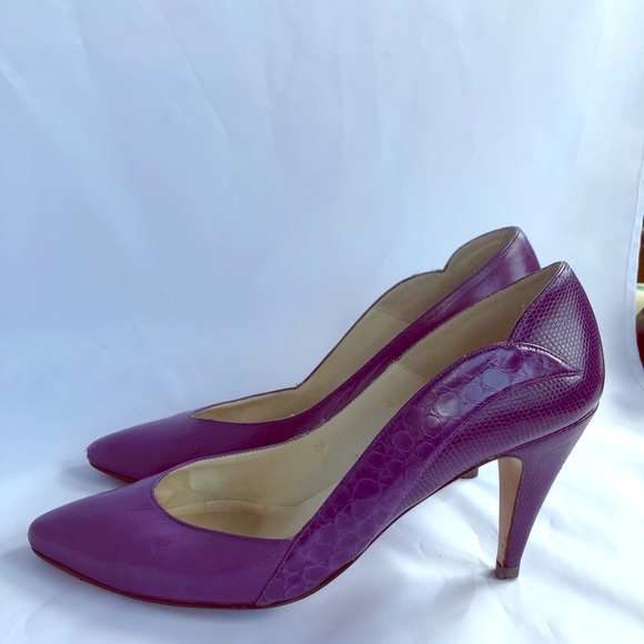 291facd7dd1 caressa Shoes - 80s Vintage Purple Heels by Caress Sz 8.5